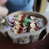 Żywność roślinna coraz częściej króluje w restauracjach. To zmienia nawyki żywieniowe Polaków
