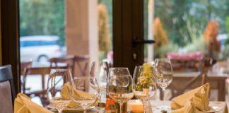 restauracja sztuczna inteligencja